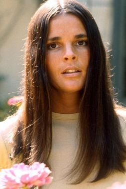 ali-macgraw-1964-long-straight-hair